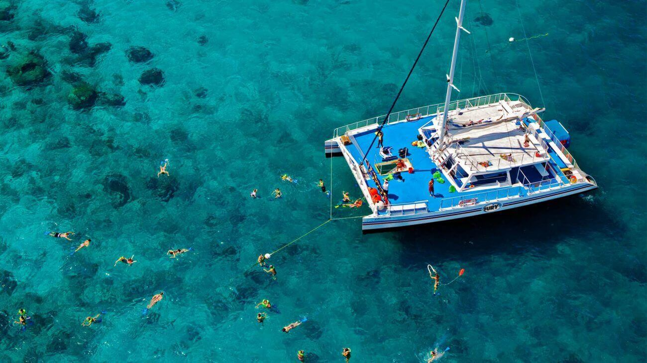 Image of people snorkeling in Key West